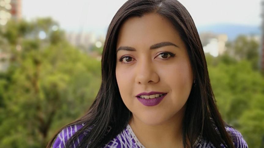La otra mirada de la crítica: Entrevista con FabiolaSantiago