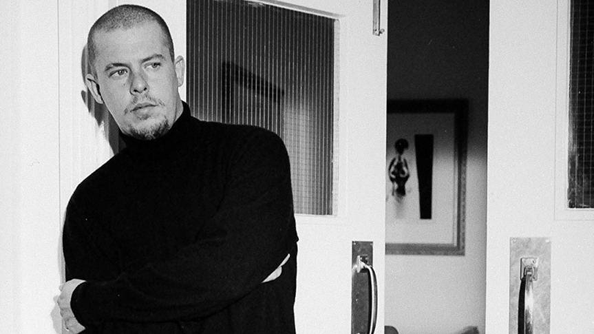 Review: McQueen y la muerte delconcepto