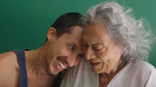 Review #AmbulanteEnCasa: América – Una reflexión sobre la vejez y lafamilia.