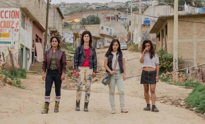 Film Review: La Diosa del Asfalto – Girls at Films